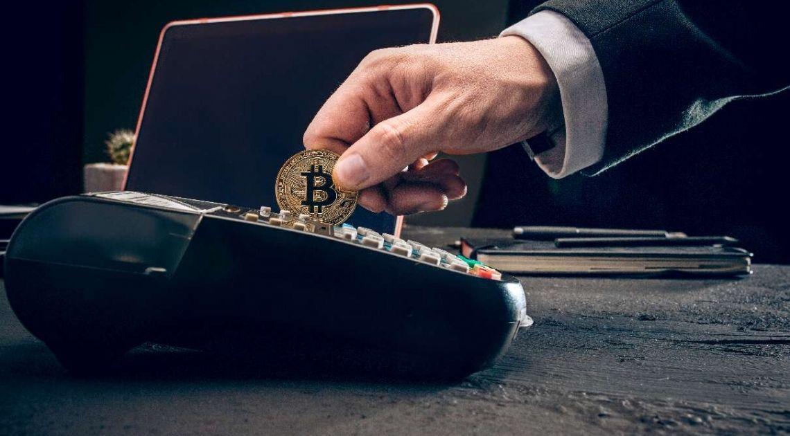 Czy Elon Musk manipuluje rynkami? Tesla kupuje bitcoiny o wartości 1,5 mld dolarów (USD)! Co to właściwe oznacza dla nieobliczalnego rynku kryptowalut?