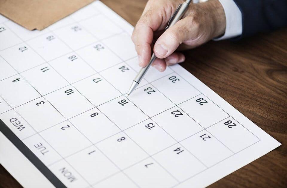 Efekty kalendarza - giełdy, rynki kapitałowe, rynki finansowe, inwestycje