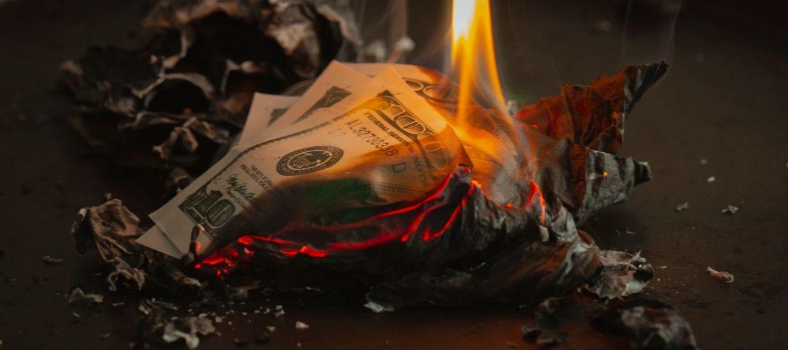 Czy kurs dolara USD może zejść jeszcze niżej? Co z funtem (GBP) w relacji do amerykańskiej waluty?