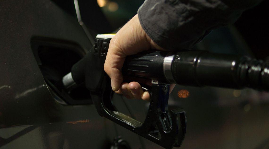 Czy najnowsze dane dotyczące ropy naftowej WTI wpłyną na notowania tego surowca?