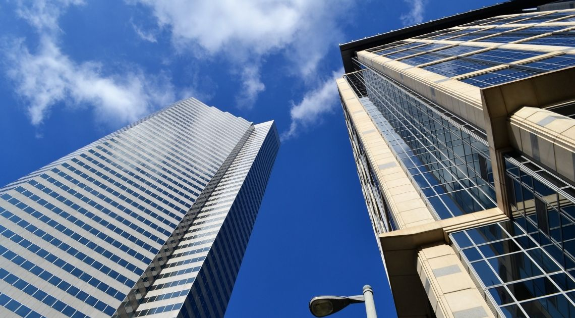 Czy został poprawiony szokujący rezultat sprzedaży nowych nieruchomości w Stanach Zjednoczonych z zeszłego miesiąca?
