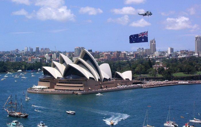 Dane z Australii umacniają walutę