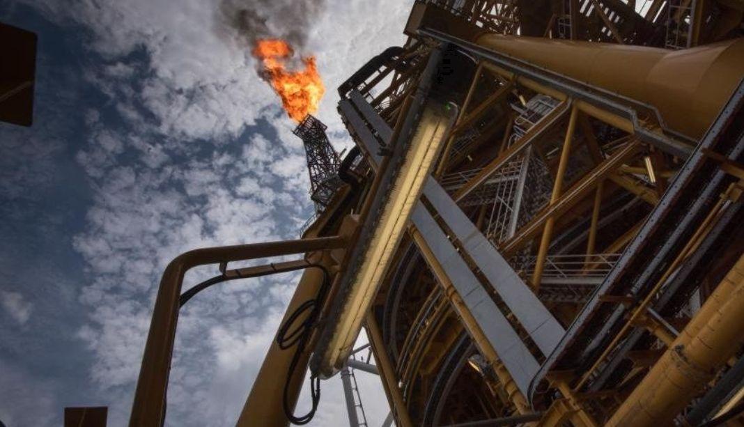 Decyzja OPEC+ bez zaskoczenia. Sprawdź notowania ropy WTI oraz Brent