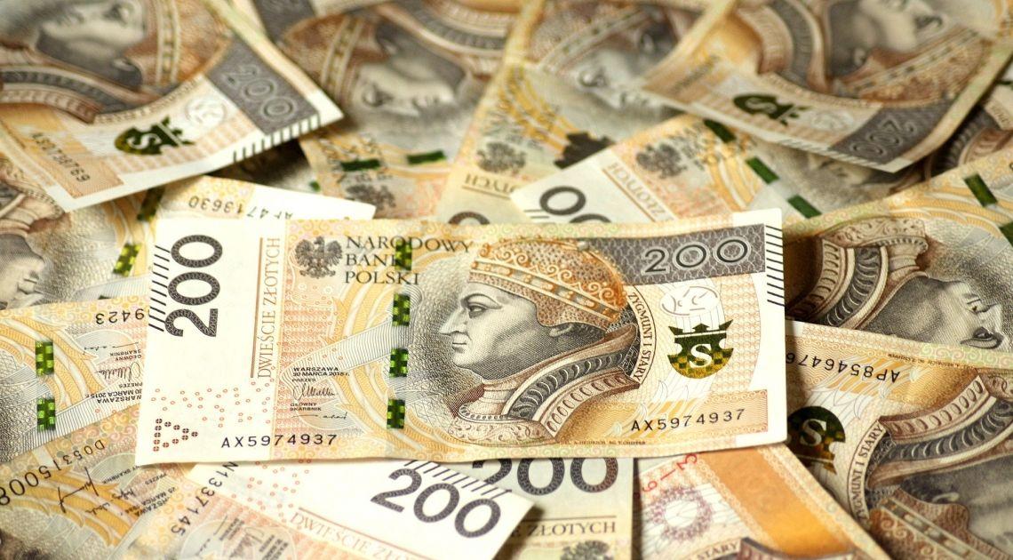 Decyzję w sprawie stóp procentowych poznamy 28 maja. Jak reaguje kurs polskiego złotego (EUR/PLN)?