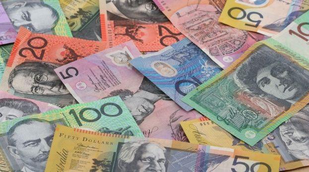 Dolar australijski najmocniejszą walutą. Kursy franka i jena powinny zyskiwać. Tariff Man powrócił