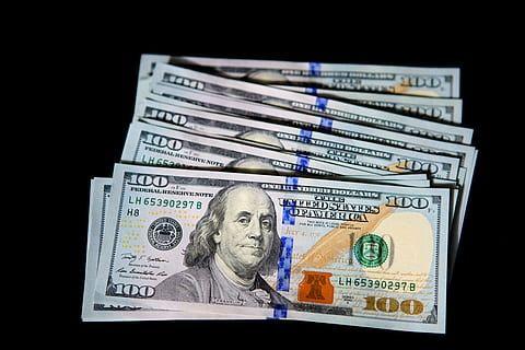 Dolar USD coraz niżej. Kursy euro, dolara australijskiego i dolara nowozelandzkiego w górę, frank też zyskuje