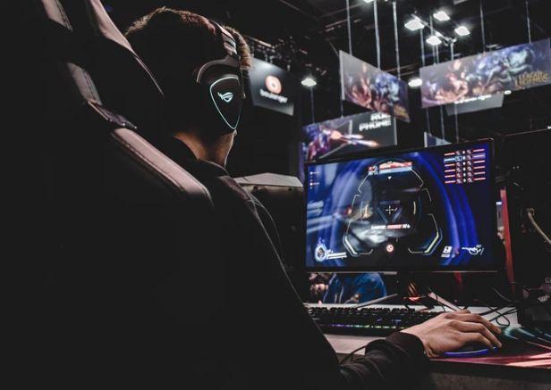ECC Games rozpoczyna soft launch Ultimate Fishing Simulator 2019