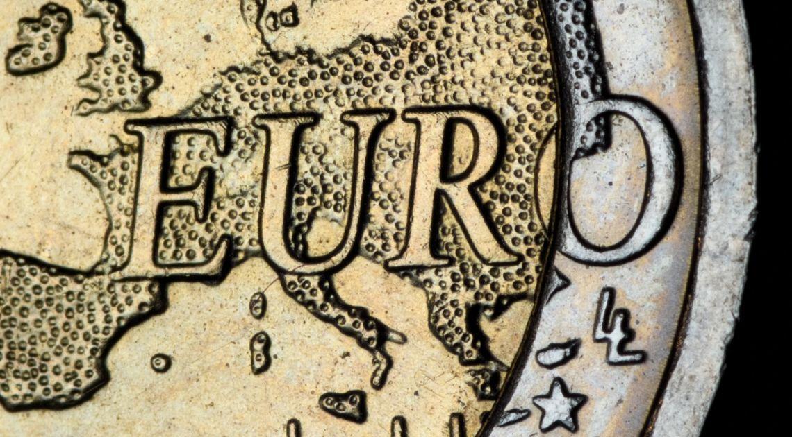 Euro po 4,70 zł?! Kurs franka wystrzelił. Dolar najlepszą walutą? Kursy walut na rynku Forex