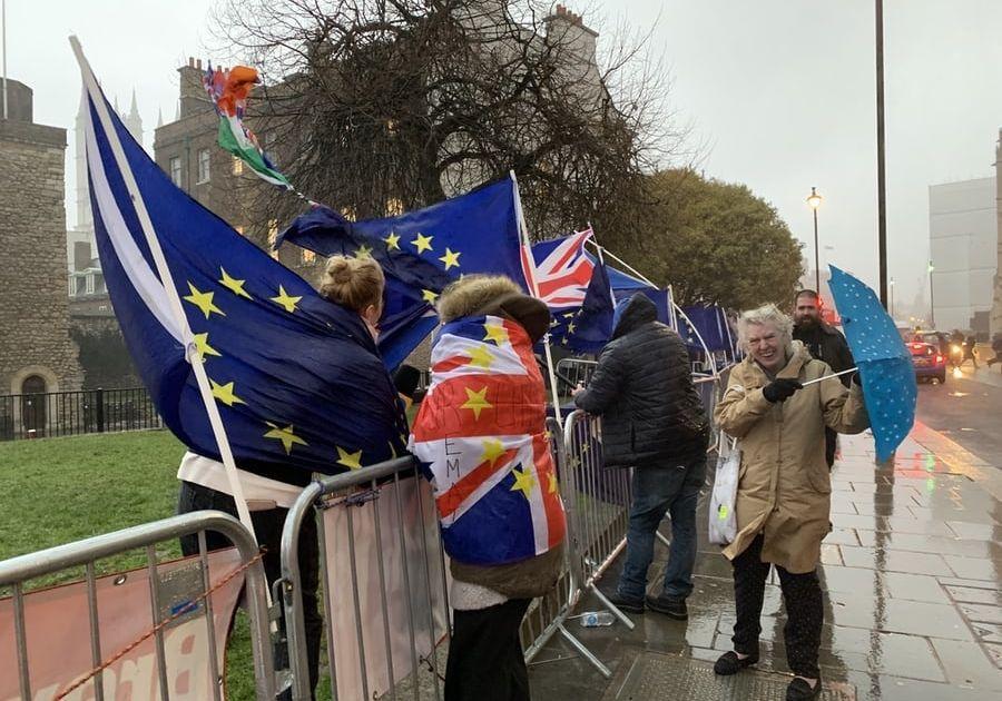 Europejskie indeksy mimo dalszego braku porozumienia ws. umowy handlowej z Wielką Brytanią zakończyły wczorajszą sesję na plusie
