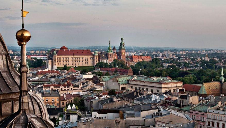 Fala wzrostowa kursu euro do złotego przerwana. Polski złoty nie reaguje na dane ze swojego podwórka, konsolidacja na rynkach bazowych z większym znaczeniem