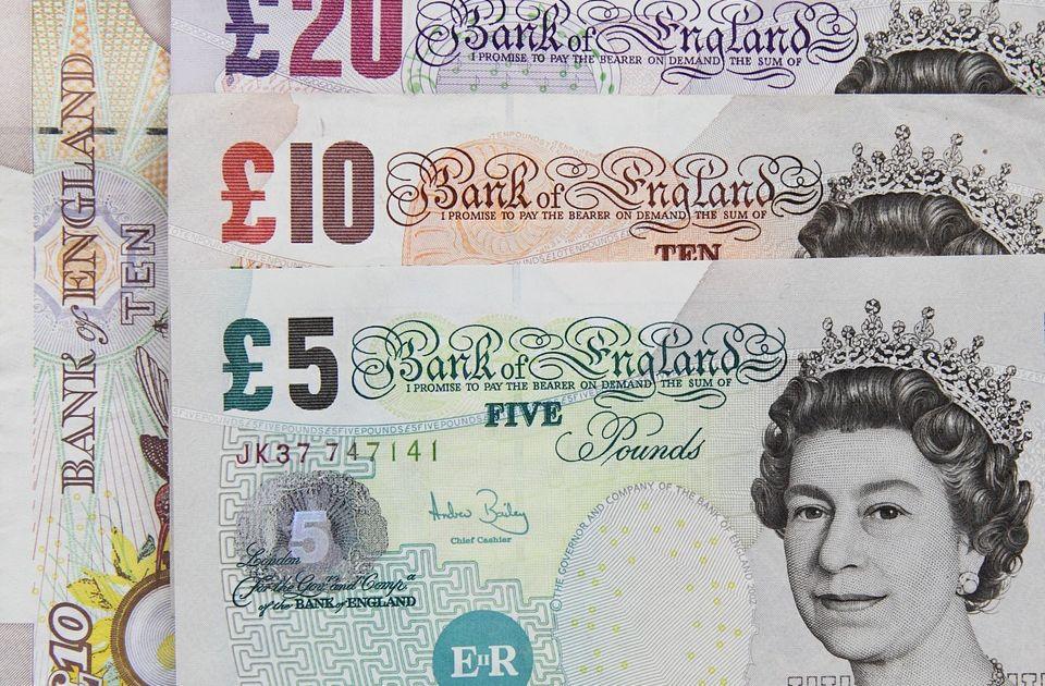 Funt brytyjski traci na znaczeniu?