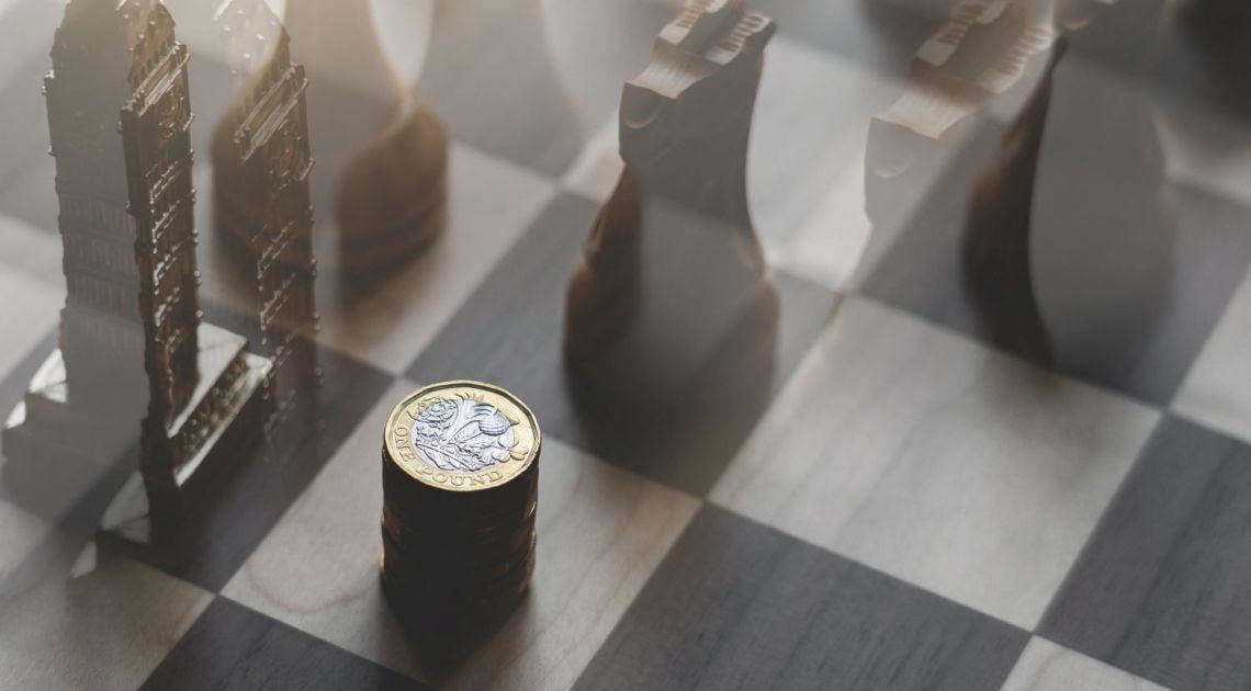 Funt szterling pokonany przez dolara na początku kwietnia! Który kurs walutowy euro czy franka najsłabszy?