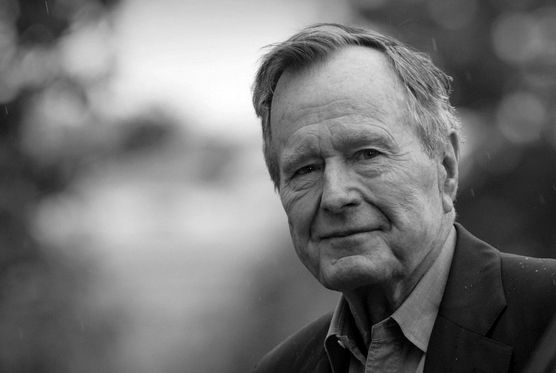 George H.W. Bush nie żyje. Zmarł w nocy z piątku na sobotę