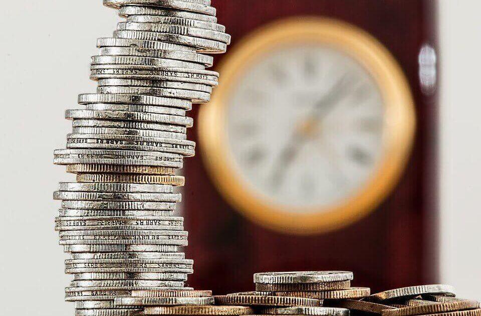 Jak duża jest warszawska Giełda? Ile pieniędzy przepływa przez GPW? Ile warte są spółkina GPW?