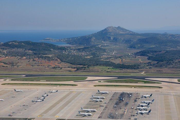 Grecja sprzedaje lotniska