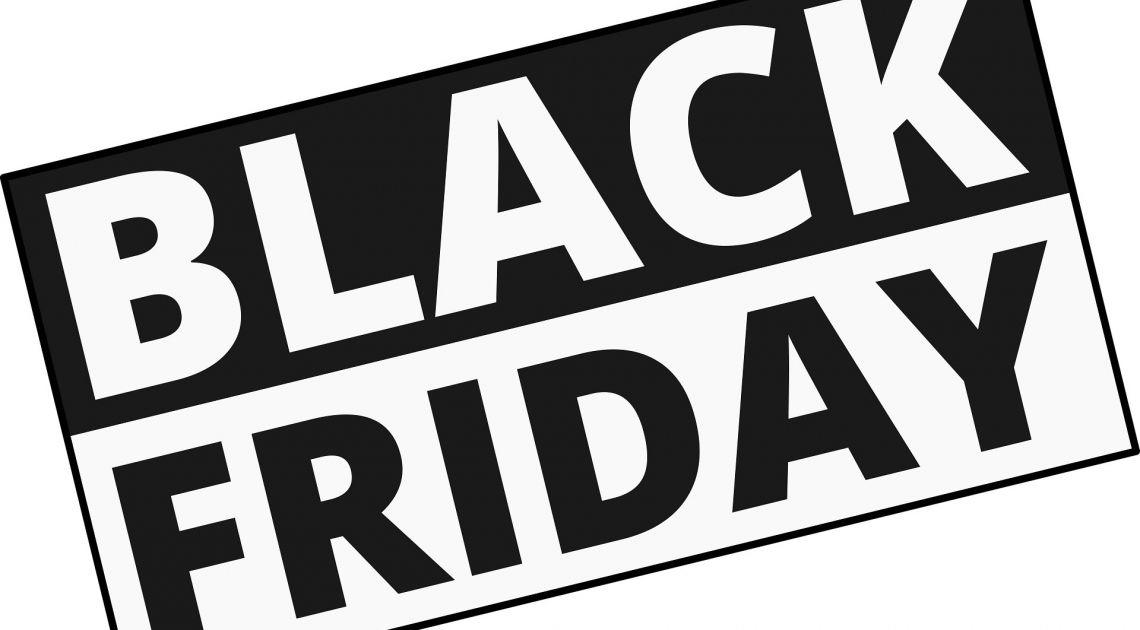 Hasła Black Friday, Cyber Monday, promocja, upust 70% - tak zdobywa się klienta