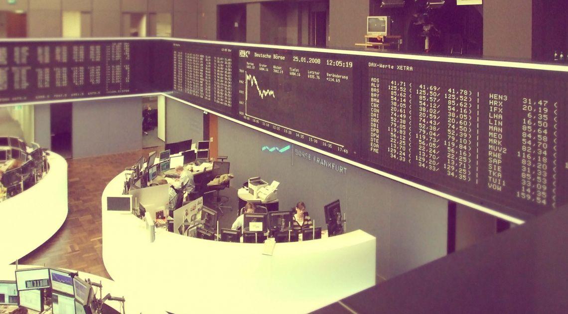 Indeks giełdowy DAX najniżej od początku roku - próba obrony dołków