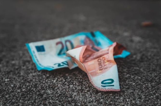 Inflacja w Polsce rośnie. Ceny idą w górę. Postulaty Koalicji Europejskiej
