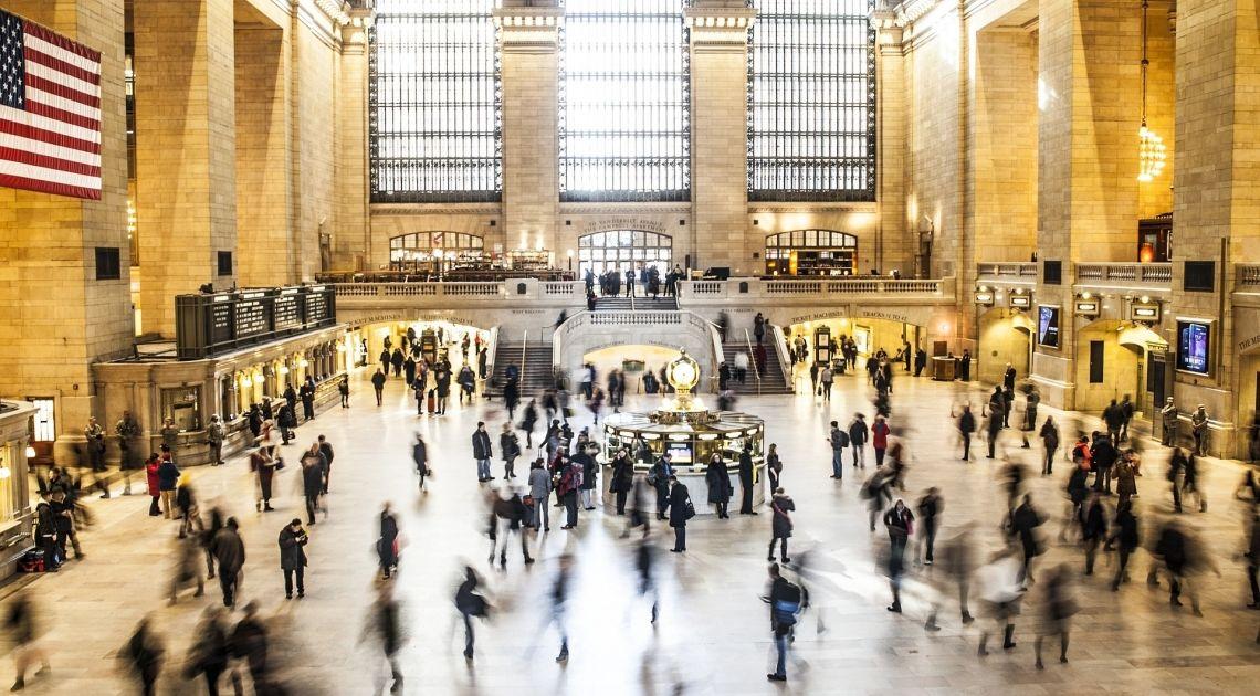 ISM i PMI dla usług w Stanach Zjednoczonych. Czy amerykańska gospodarka wróciła do normalności?
