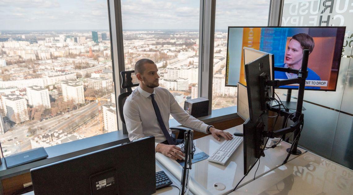 Bartłomiej Chomka z TeleTrade: Jak wykorzystać pandemię COVID-19 do handlu na amerykańskich akcjach? Korelacje na rynkach | FXMAG INWESTOR
