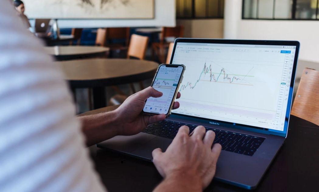 Jak poprawić strategię inwestycyjną? Intensywny kurs analizy technicznej