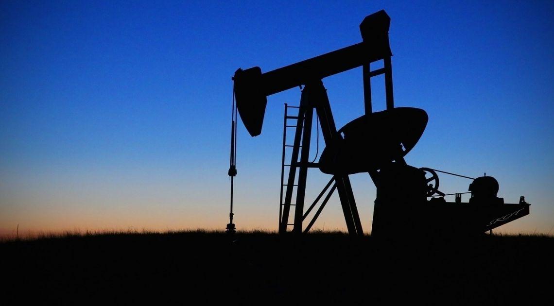 ropa nafta pole