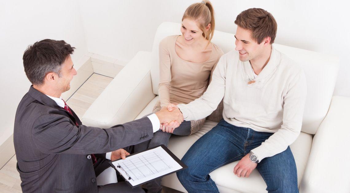 Jak wybrać pośrednika nieruchomości?