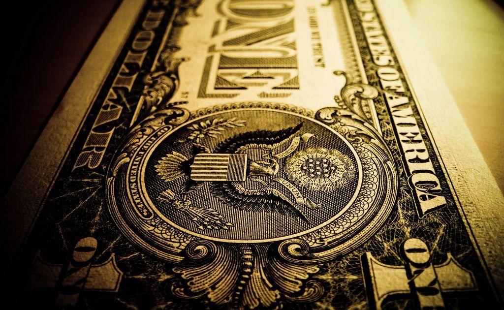 Jaki los czeka dolara? Słabość waluty wykorzystują już AUD, CAD i NZD