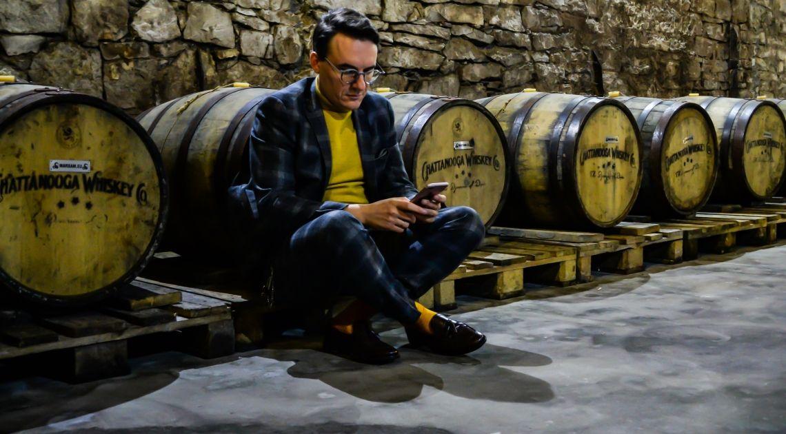 Janusz Palikot pozyskuje pierwszy milion na beczki whisky, tym razem poprzez Tokenizację