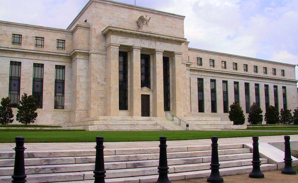 Kolejną decyzją Fed będzie obniżenie poziomu stóp procentowych?