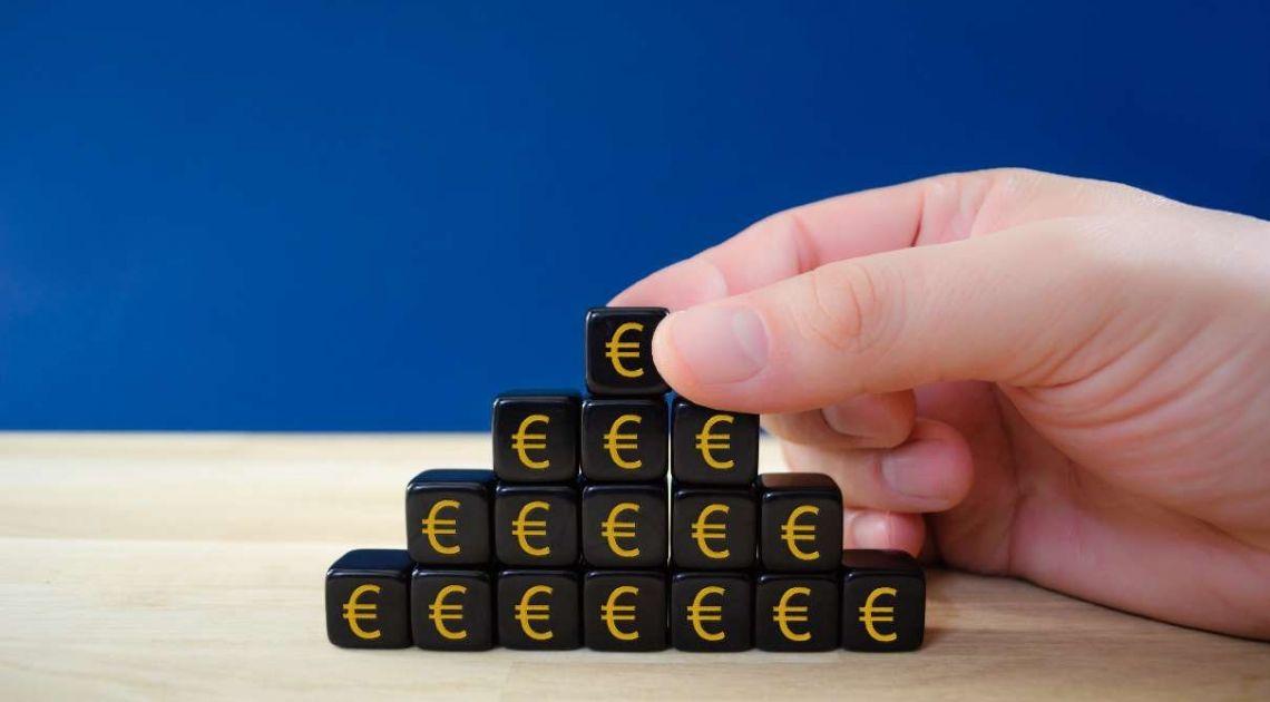 Komentarz giełdowy – Czy to czas na wyprzedane sektory?