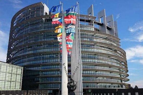 Komisja PE przyjęła niekorzystne m.in. dla Polski przepisy dotyczące ubezpieczeń