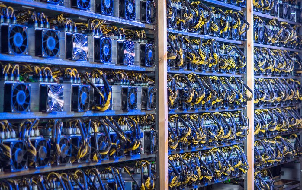 Kopanie kryptowalut się opłaca? Minimalny kurs bitcoina, aby osiągnąć zysk