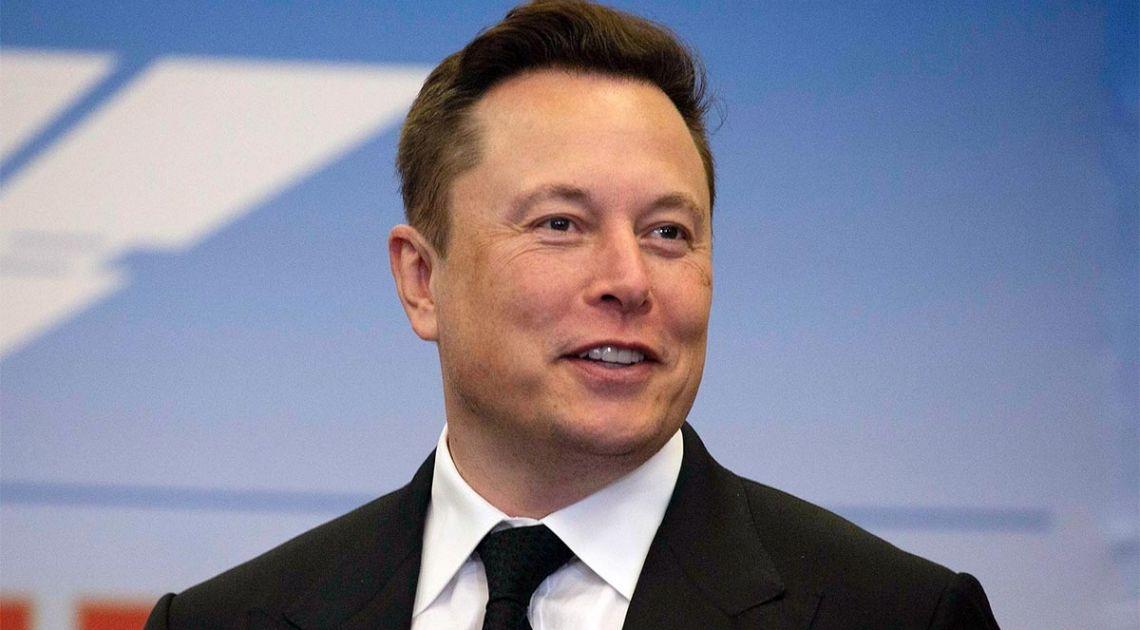 Kurs akcji Tesli pnie się w górę. Elon Musk najbogatszy na świecie