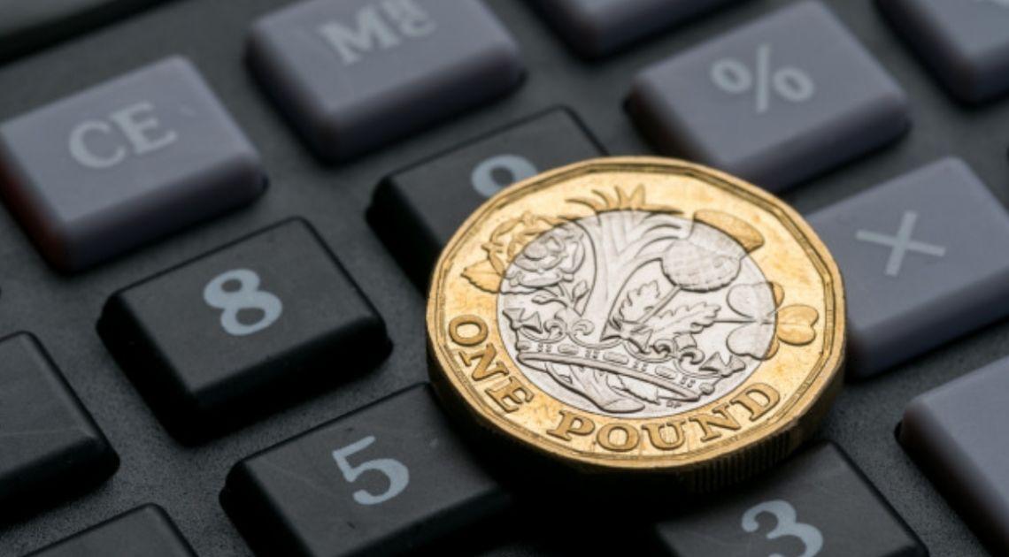 Kurs dolara będzie szedł w górę? Funt słabszy od amerykańskiej waluty. Koniec spadków na giełdach? Pierwsze wrażenie może być mylne
