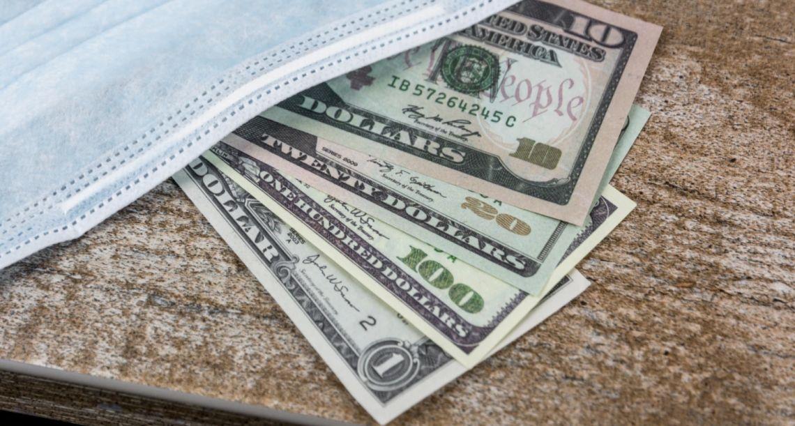 Kurs dolara blisko 3,80 zł. Euro nad 4,47 PLN. Funt powyżej 4,95 złotego. Hurraoptymizm omija waluty