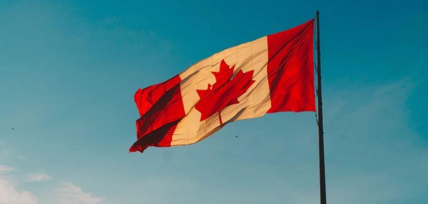 Kurs dolara kanadyjskiego w natarciu. Wzrosty na kursie USD/CAD przechodzą do historii