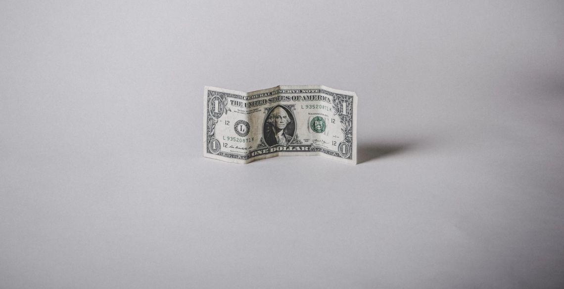 Kurs dolara USD słabnie. Australijska waluta się umacnia. Sytuacja na rynkach finansowych