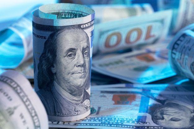 Kurs dolara (USD/PLN) w górę. Euro i frank też zyskują. Co z kursem funta?