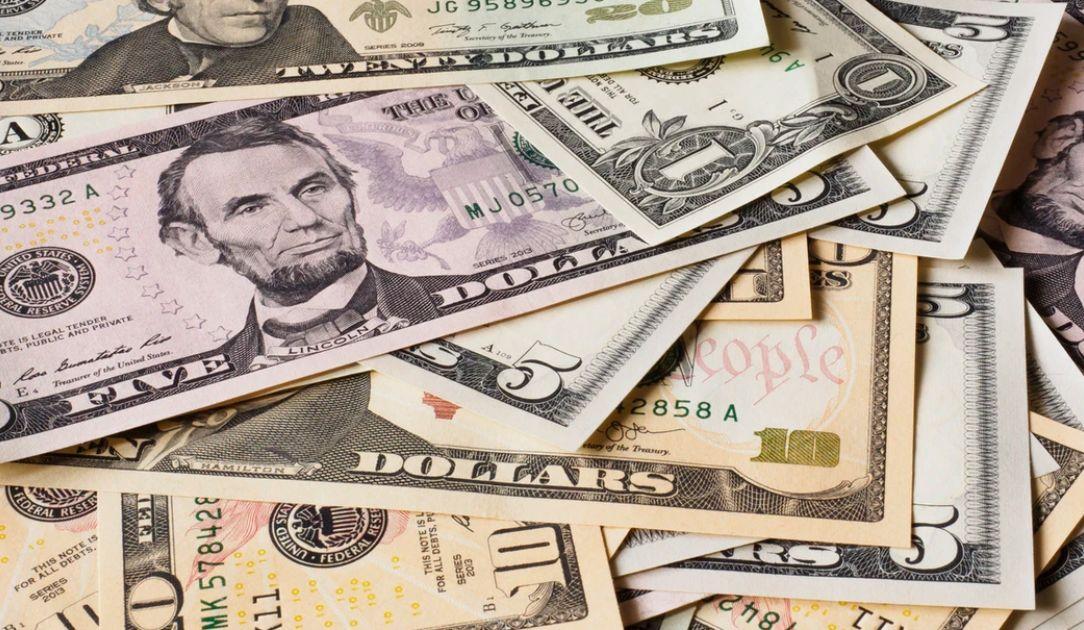 Kurs dolara w górę na rynku Forex! Koronawirus straszy inwestorów. EBC zainwestuje w Polskę?