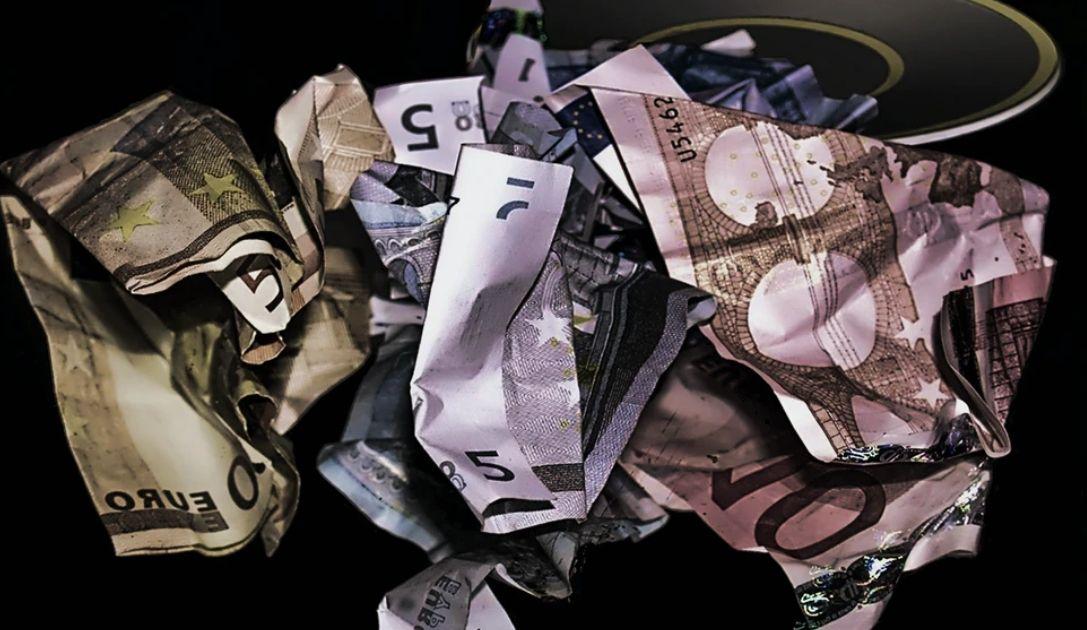 Kurs euro dawno nie był tak nisko! Siła złotego. EUR/USD zatrzymał się na poziomie 1,0950. Dzień na rynkach finansowych