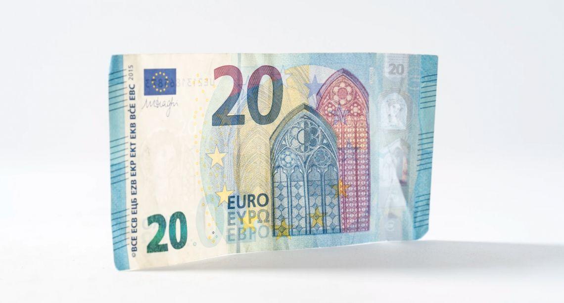 Kurs euro do dolara (EUR/USD) na nowych szczytach. Kurs funta wobec amerykańskiej waluty (GBP/USD) przełamał czerwcowe maksimum