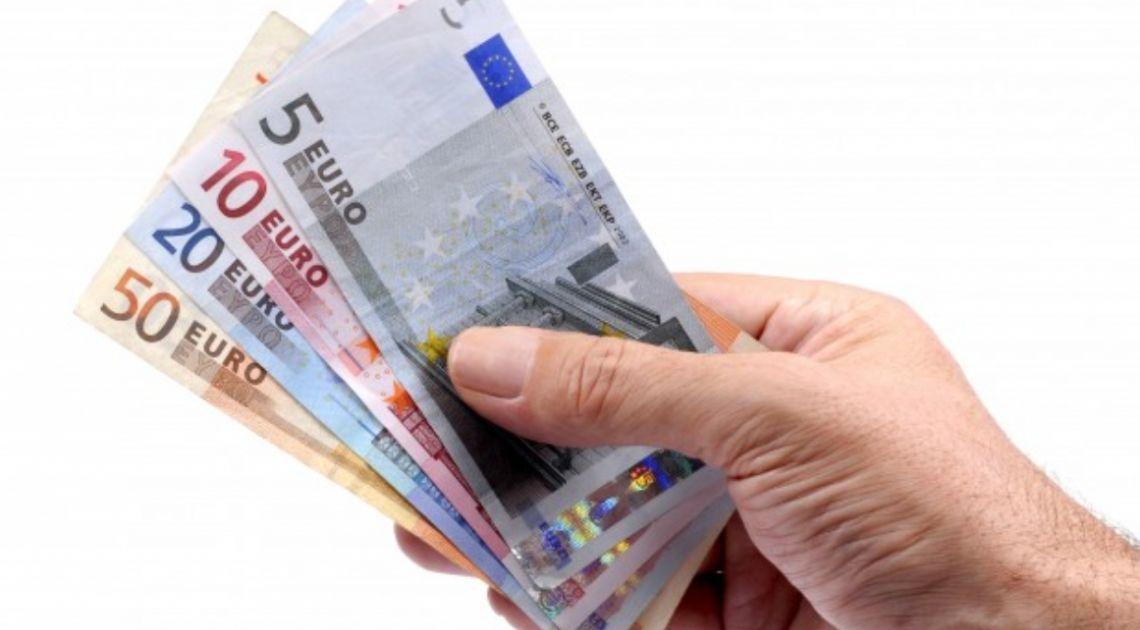 Kurs euro do dolara (EUR/USD) testuje 1,10. Europejska waluta ponownie pod 4,55 złotego. Dzień na rynku
