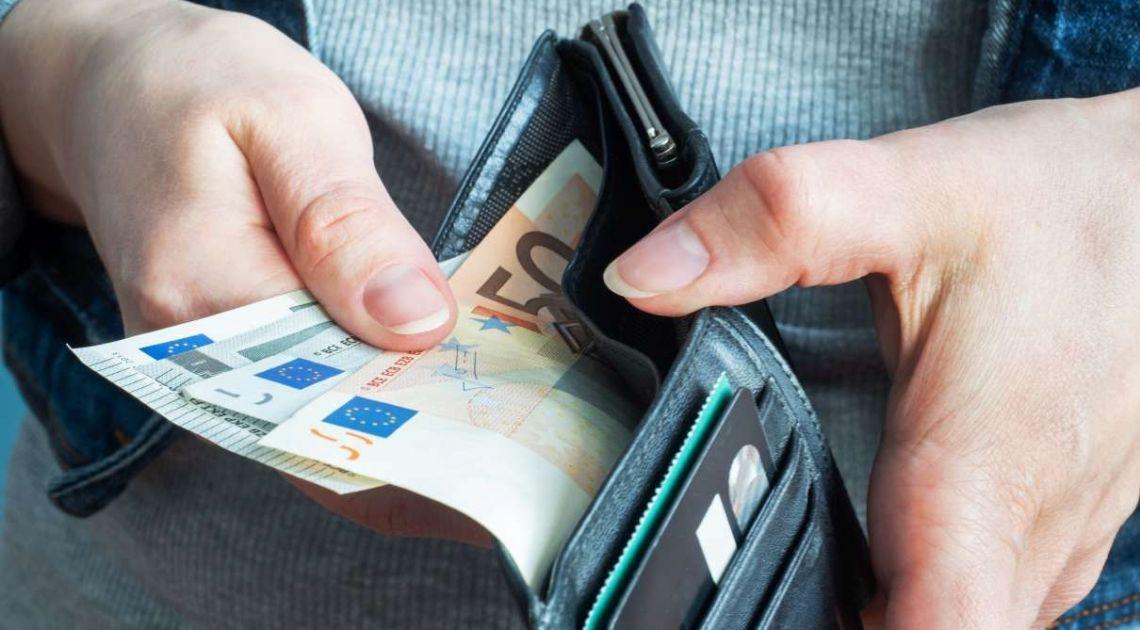 Kurs euro do polskiego złotego (EUR/PLN) powyżej 4,50 zł., ambitne plany Joe Bidena
