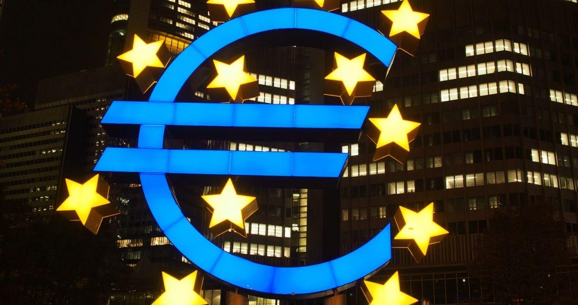 Kurs euro (EUR) do dolara (USD) naruszył okolice poziomu 1,19. Sytuacja na rynkach finansowych