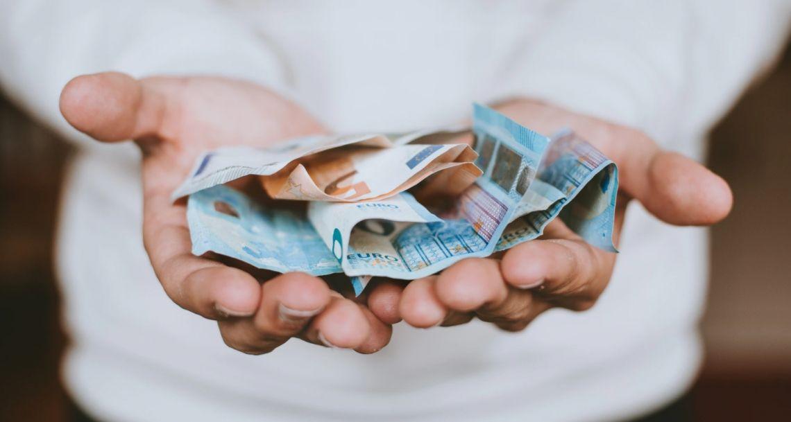 Kurs euro (EUR) zyskuje. Co z polskim złotym (PLN)? EBC dostarczył zmienności