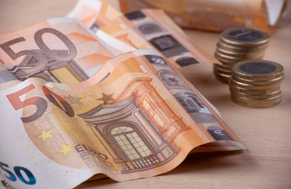 Kurs euro mocno w górę! Co dalej z polskim złotym? Zaskakujące dane z USA