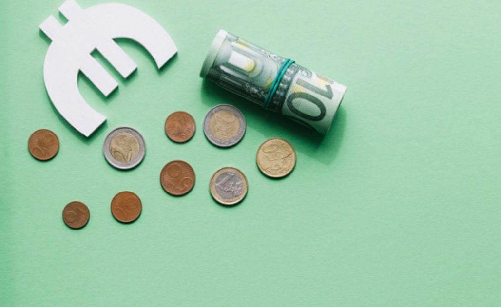 Kurs euro w okolicach 4,60 złotego. Dolar USD powyżej 4,25 zł. Frank nad 4,34 PLN. FED zapowiada kolejne działania