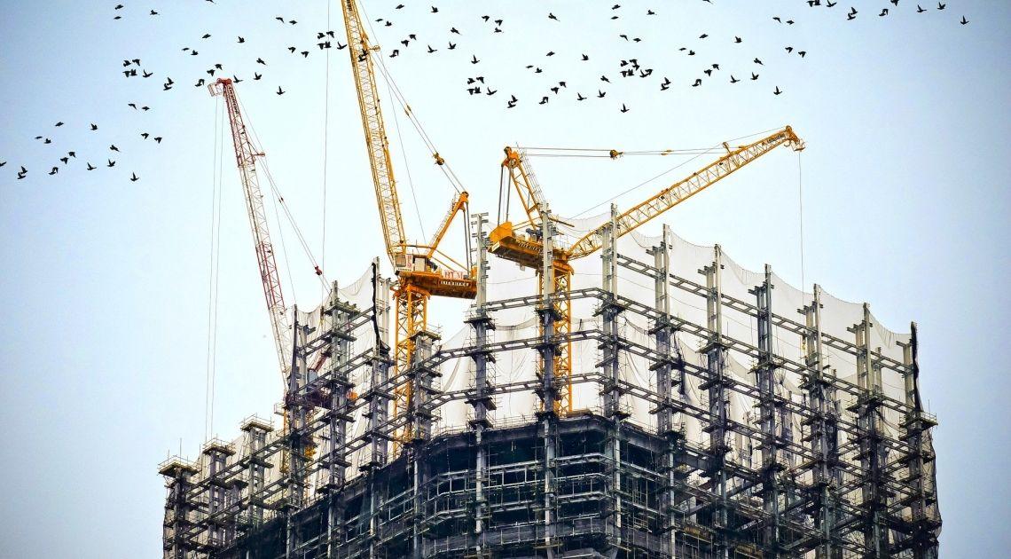 Kurs funta (GBP/USD) stabilny po rewelacyjnych danych dotyczących PMI dla sektora budowlanego w Wielkiej Brytanii