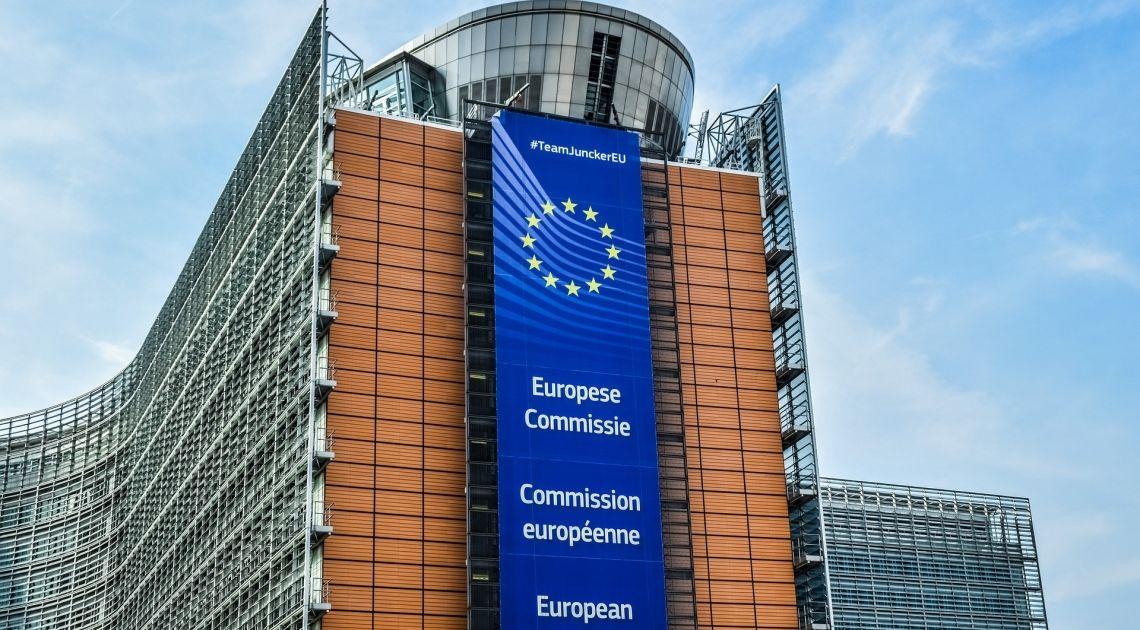 Kurs funta wzrósł o 5 groszy. Zasługa Juncker'a Kursy walut